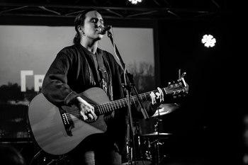 Певица Гречка считает раскритиковавшую ее Земфиру классной
