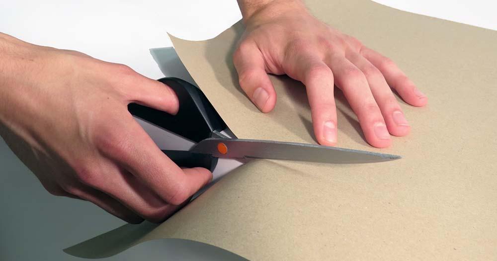 3 нестандартных идеи для украшения дома из картона и бумаги