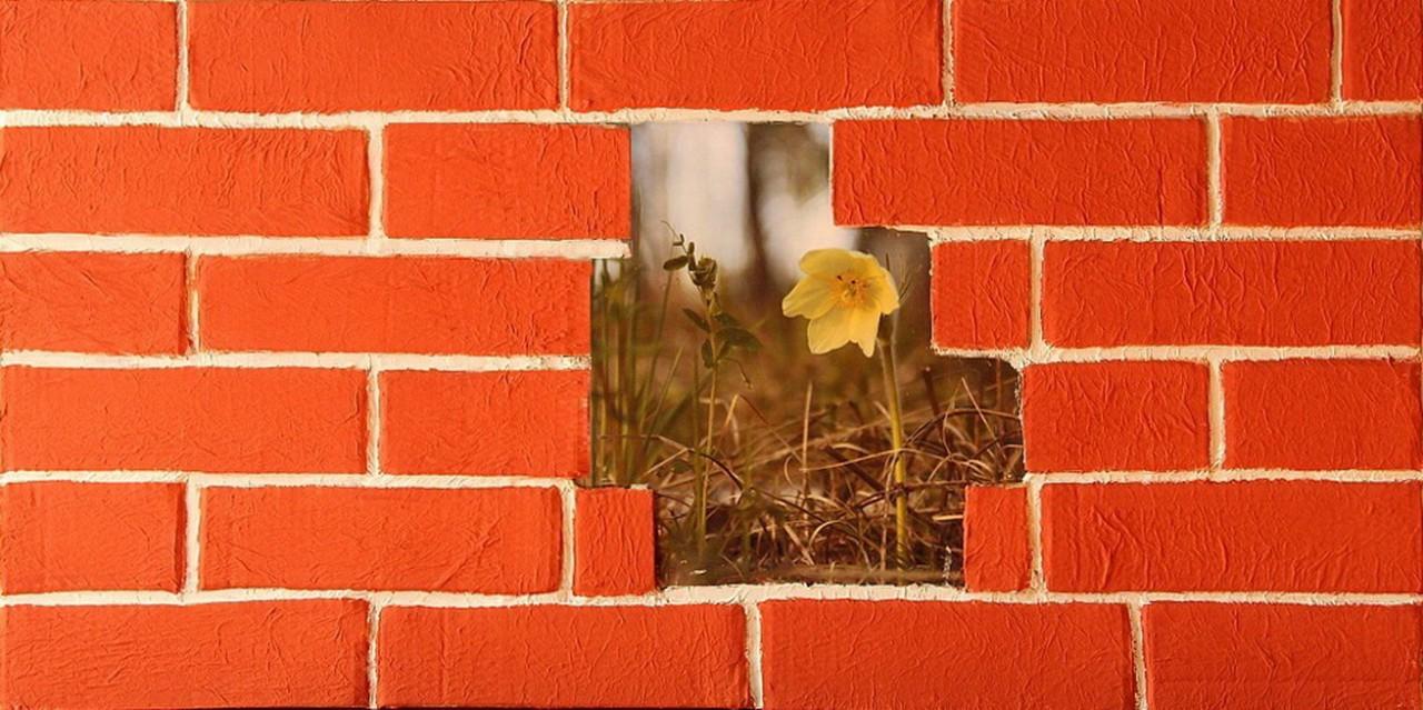 Кирпичная стена из картона!!! Оригинально и даром)