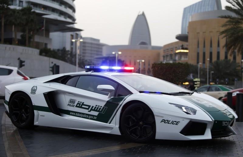 Полиция Дубая оштрафовала водителя прямо в инстаграме