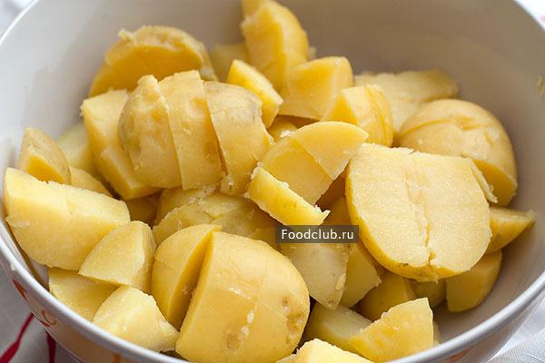 Картофельный салат с красным луком салаты