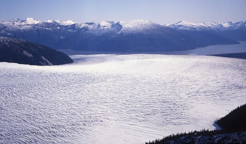 Таку не устоял: один из самых мощных и устойчивых ледников планеты тоже начал таять