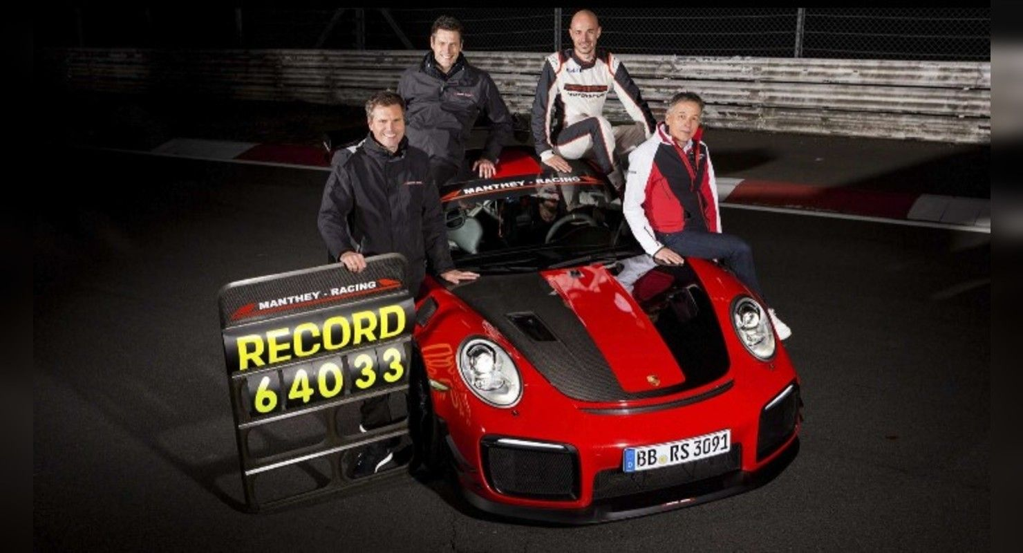 Porsche 911 GT2 RS, проехавший 18 600 миль на трассе Нюрбургринга, выглядит потрясающе Автомобили