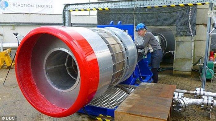 Воздушно-реактивный двигатель Sabre.