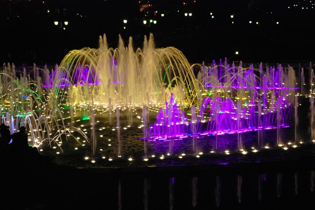 В казани фото фонтанов поющих адрес