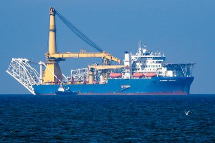 Способное достроить «Северный поток-2» судно сменило владельца