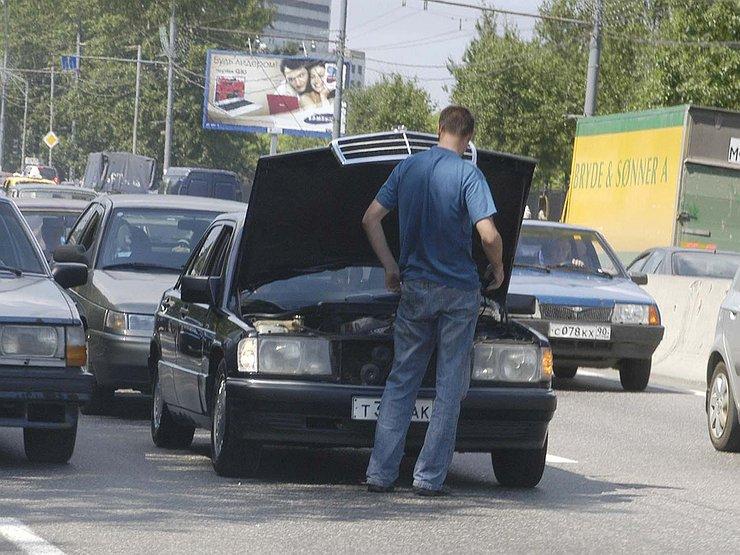 Почему летом «кипят» даже новые машины