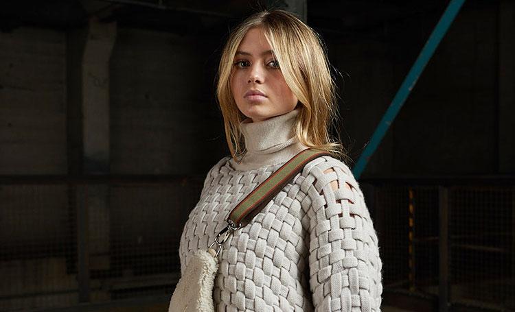 Дебют на подиуме: 16-летняя дочь Хайди Клум Лени открыла Неделю моды в Берлине