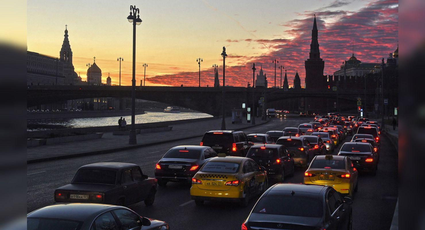 Дороги столиц России, Индии и Колумбии стали самыми транспортно загруженными в мире Автограмота