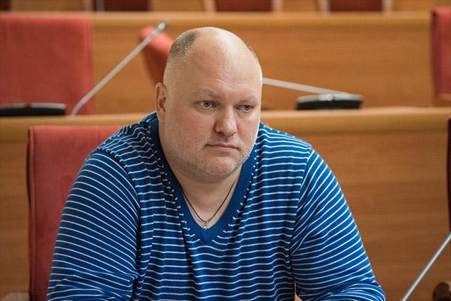 Дмитрий Петровский: «Гламур» надо закрывать за награждение Васильевой россия