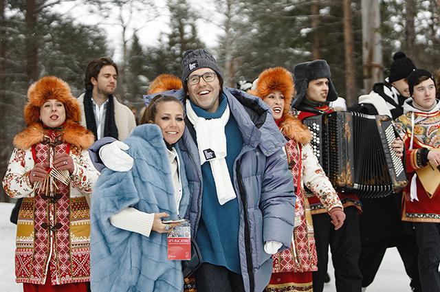 Анна Седокова с мужем, Юлия Барановская, Анита Цой и другие на Масленице Андрея Малахова в Апатитах Светская жизнь