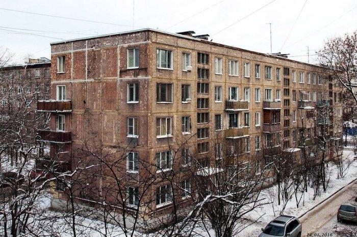 Почему на первых этажах хрущевок нет балконов