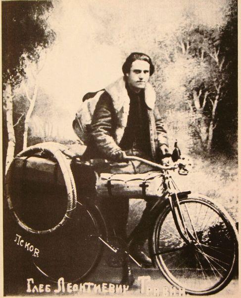 Глеб Травин на своем велосипеде
