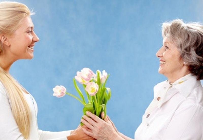 Какие цветы дарят будущей свекрови, букеты под заказ