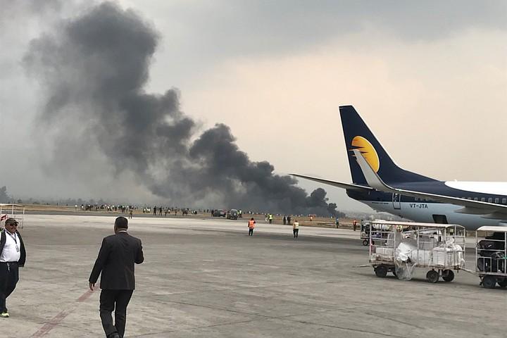 Пассажирский самолет потерпел крушение в Катманду