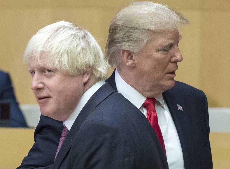 Как «связка» Джонсона и Трампа служит интересам России