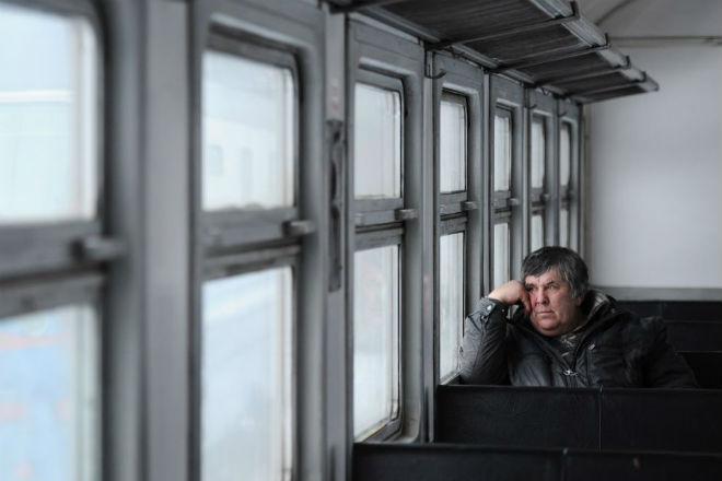 Как проехать через всю Россию на электричке. У одного смельчака получилось
