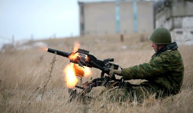 ЛНР: оперативная сводка — обстреляны три поселка, потерь нет