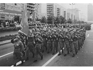 Почему в бундесвере ненавидели бывших военных армии ГДР история