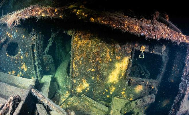 На дне Балтийского моря дайверы обнаружили корабль времен Второй мировой. Ученные полагают, на борту может находиться Янтарная комната Культура