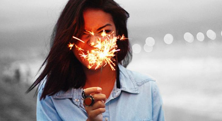Страдай или исчезни: почему в нашем обществе стыдно быть счастливым