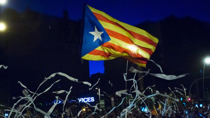 13 лет за референдум: Почему каталонских сепаратистов так сурово наказали