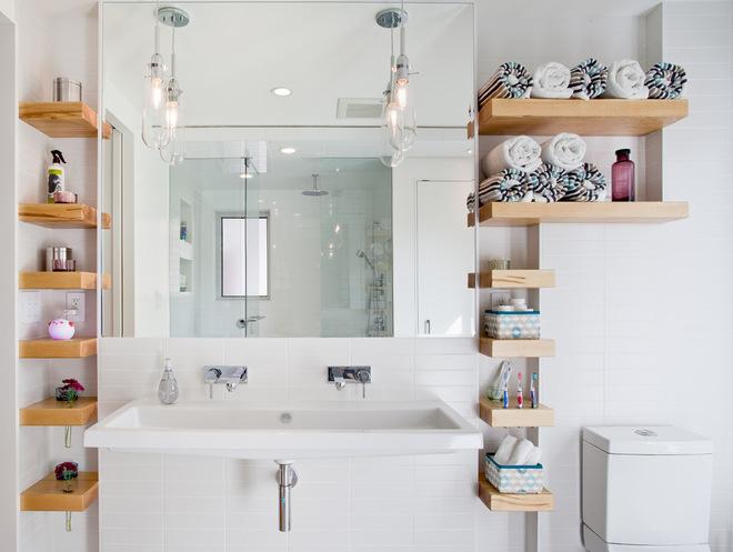 Современный Ванная комната by Wanda Ely Architect Inc.