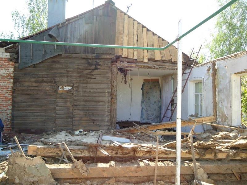 Дачный дом под снос. Разрушить или разобрать?