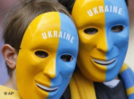 Что сделали с украинцами за 20 лет