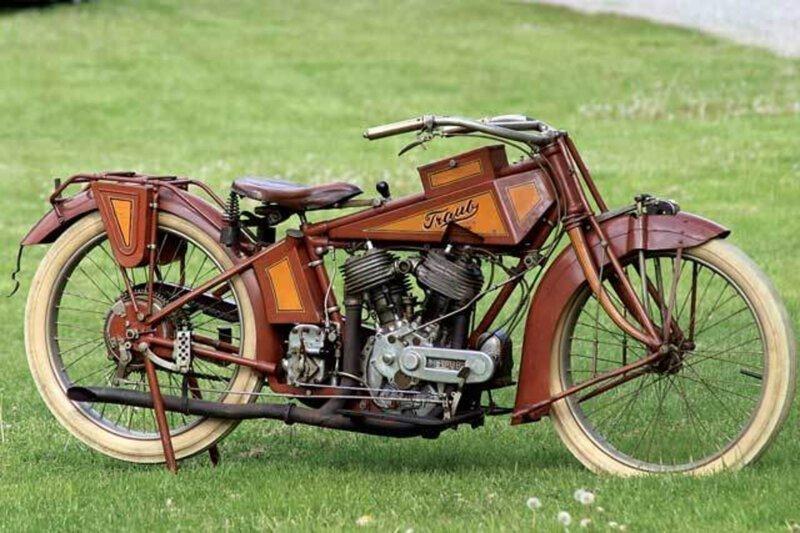6. Уникальный 100-летний мотоцикл, найденный в кирпичной стене, до сих пор на ходу в мире, загадки, интересно, исторические события, история, странные вещи, тайны, факты