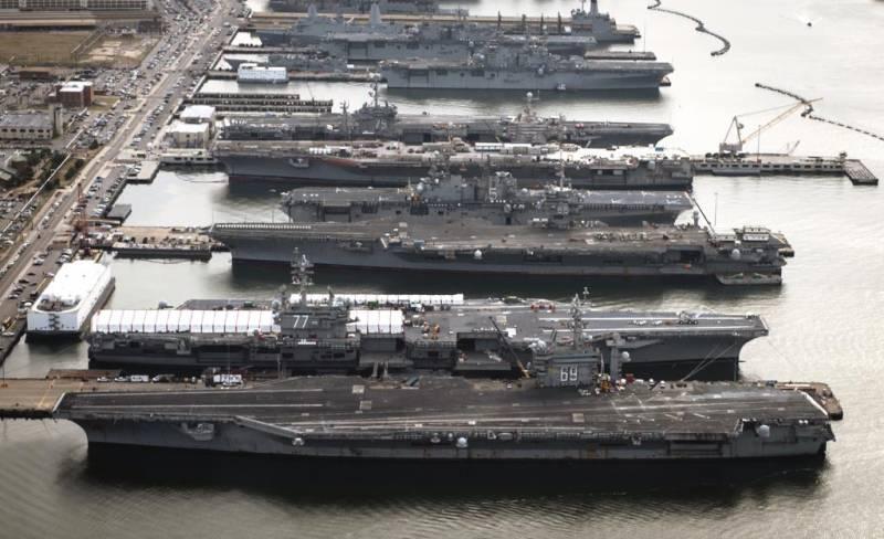 Авианосцы США остались в баз…