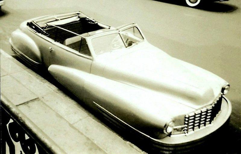 Автомобиль 1942 года - Buick, внушительный и большой двухдверный кабриолет. Весь Мир в объективе, ретро, старые фото