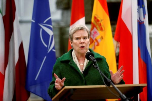 В НАТО не понимают по-украин…