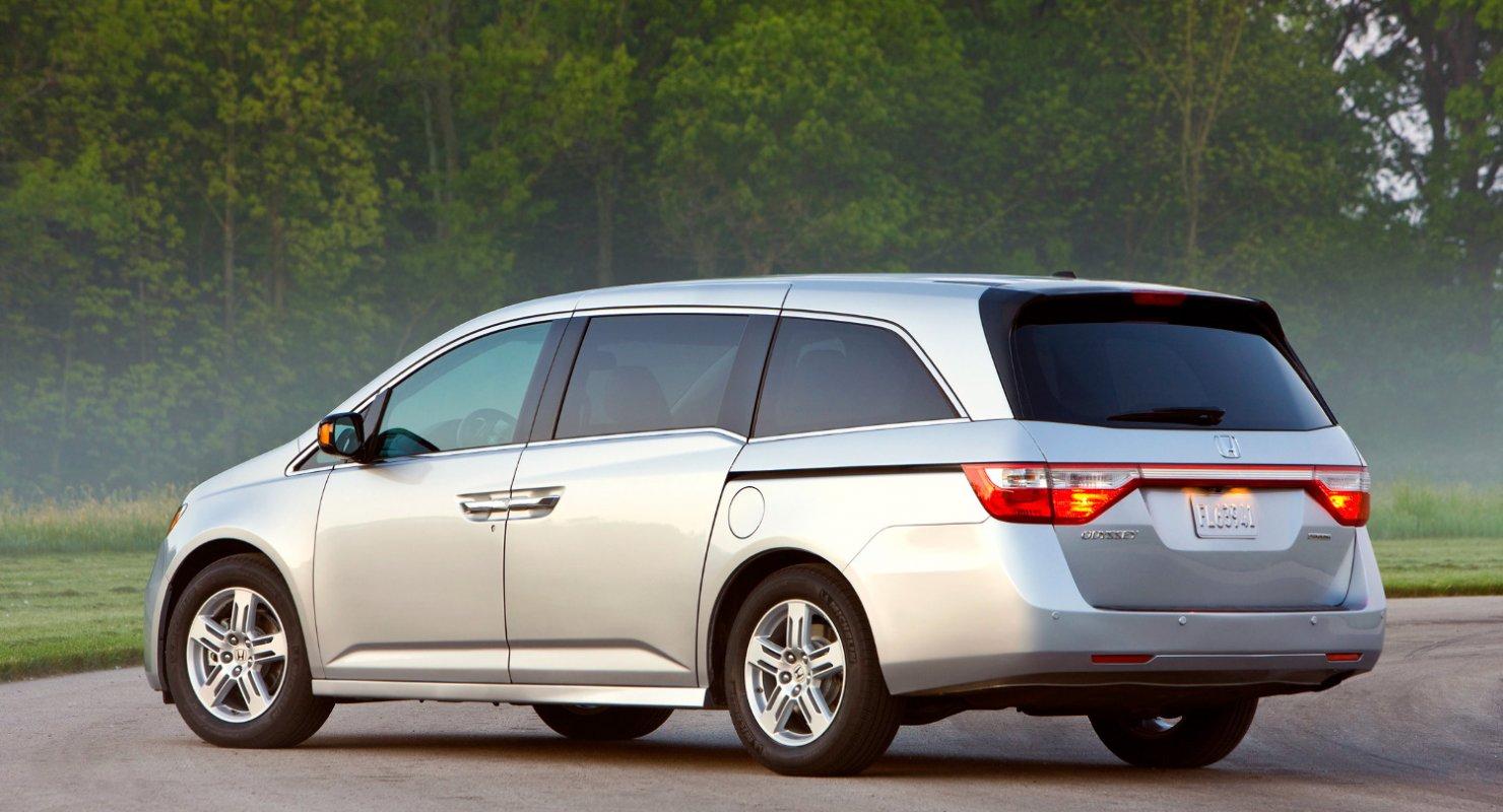 Из минивэна Honda Odyssey первой генерации сделали Rowdyssey, генерирующий 1000 л.с Автомобили