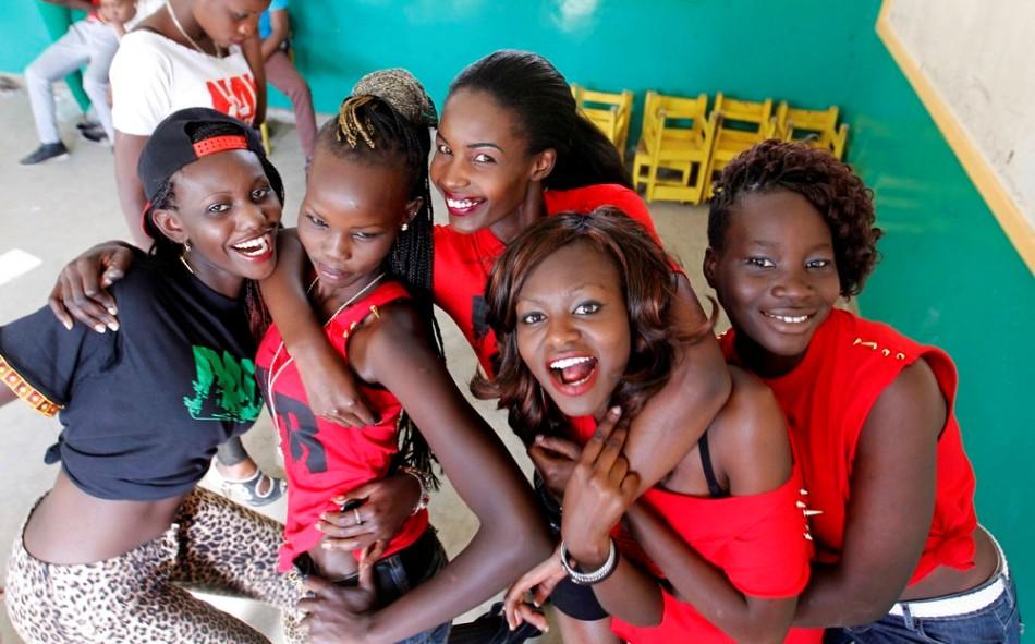 Красота в трущобах: конкурс красоты Мисс Кох в Кении