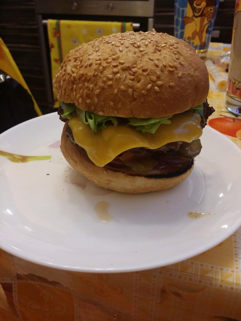 Домашние воскресные чизбургеры