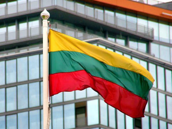 «Хитрый трюк» в Прибалтике потерпел фиаско: «Красная шапочка» оставила Литву с носом