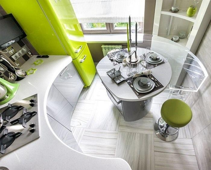 Современные приемы в оформлении маленькой кухни.