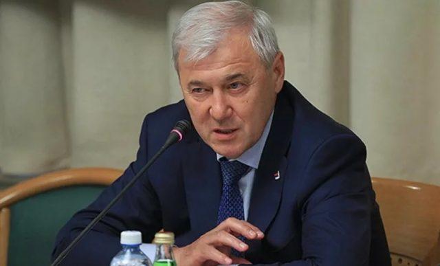 """В Госдуме """"прикинули"""", когда может завершиться дедолларизация России"""