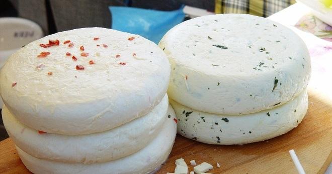 Сыр в домашних условиях – рецепт адыгейского, российского и плавленого сыра, моцареллы, халуми и сулугуни