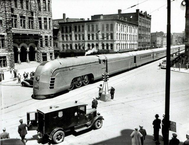 """Поезд """"Меркурий"""" на улице Нью-Йорка, 1936 год. история, люди, мир, фото"""