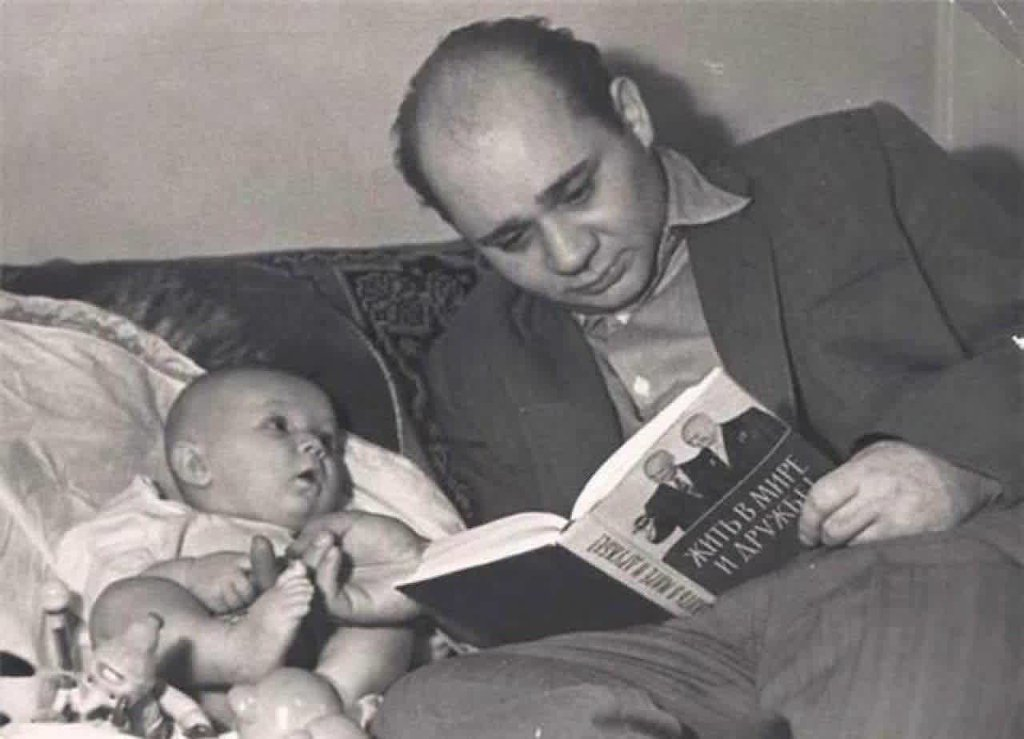 Семейные фотографии легендарных советских актеров
