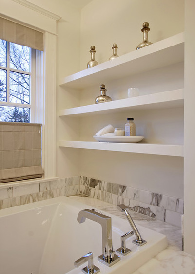 Классический Ванная комната by Paul Moon Design