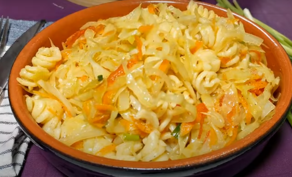 Гарнир из капусты с макаронами