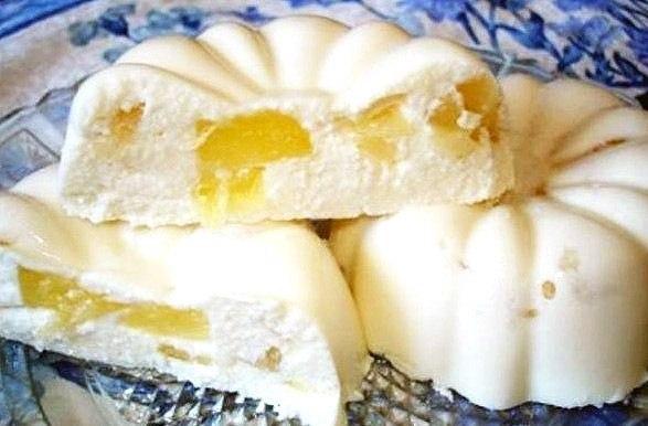 Нежный десерт, который нравится взрослым и детям, готовится без выпечки