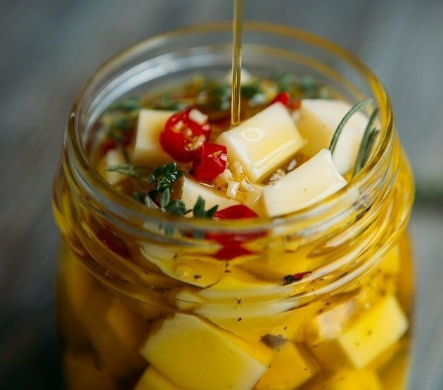Несколько дельных советов по использованию рассола в кулинарии и не только