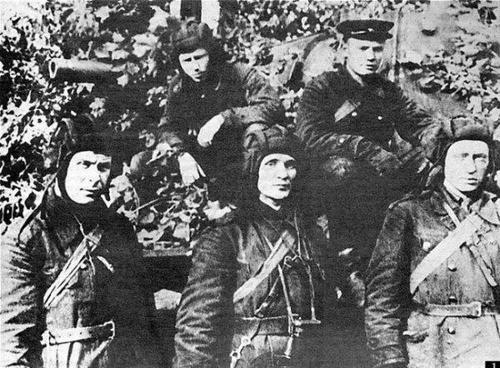 Подвиг Зиновия Колобанова: сколько танков он подбил на самом деле