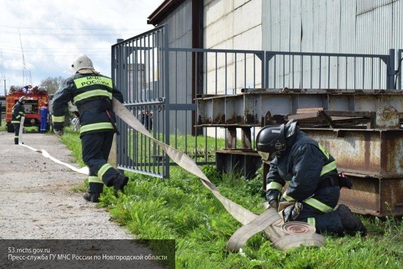 В Кемерово дотла выгорел внедорожник
