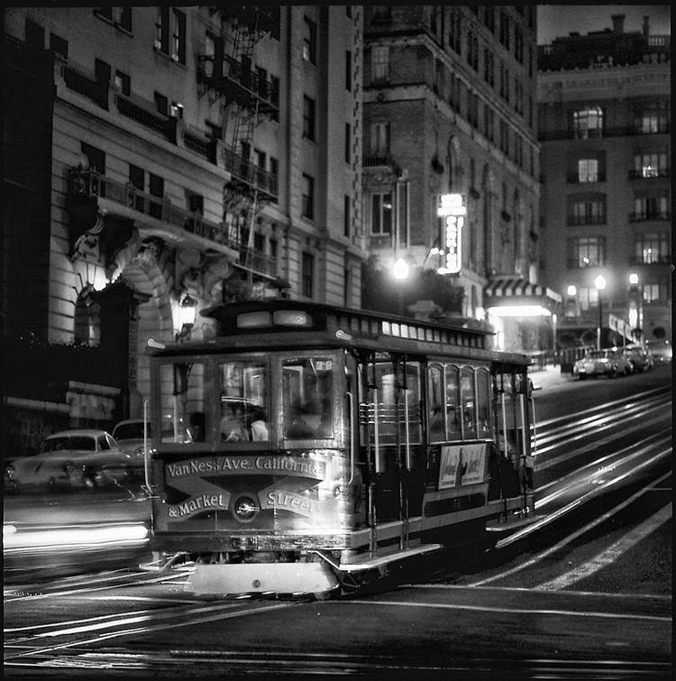 San-Frantsisko-ulichnye-fotografii-1940-50-godov-Freda-Liona 56