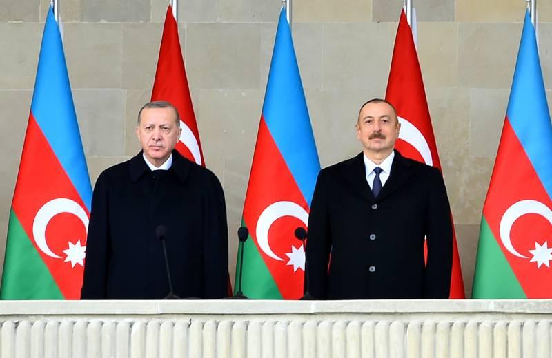 Военный триумф Азербайджана и Турции не сулит России ничего хорошего Политика